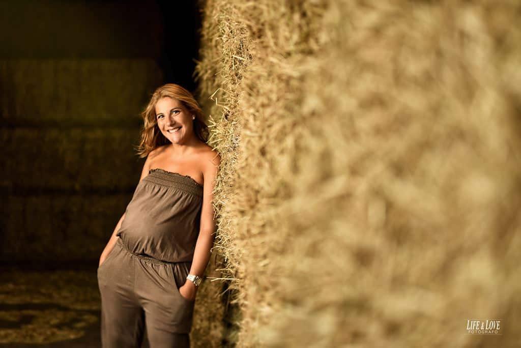 Fotos embarazada en la granja