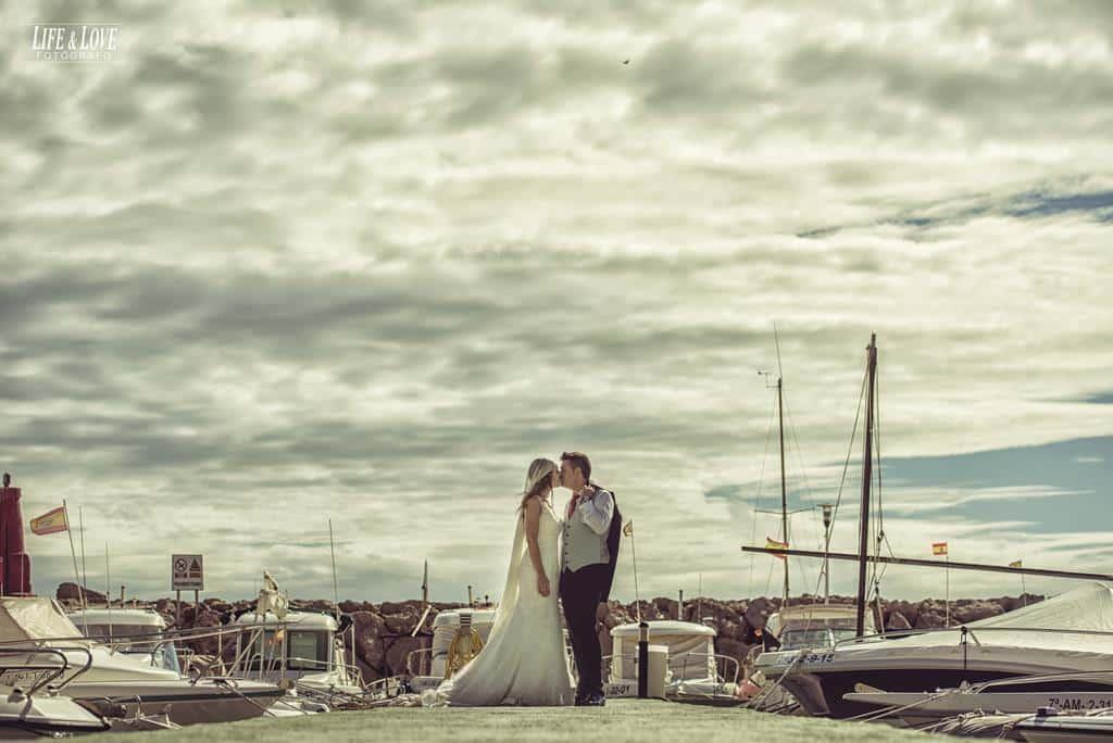 beso en el puerto