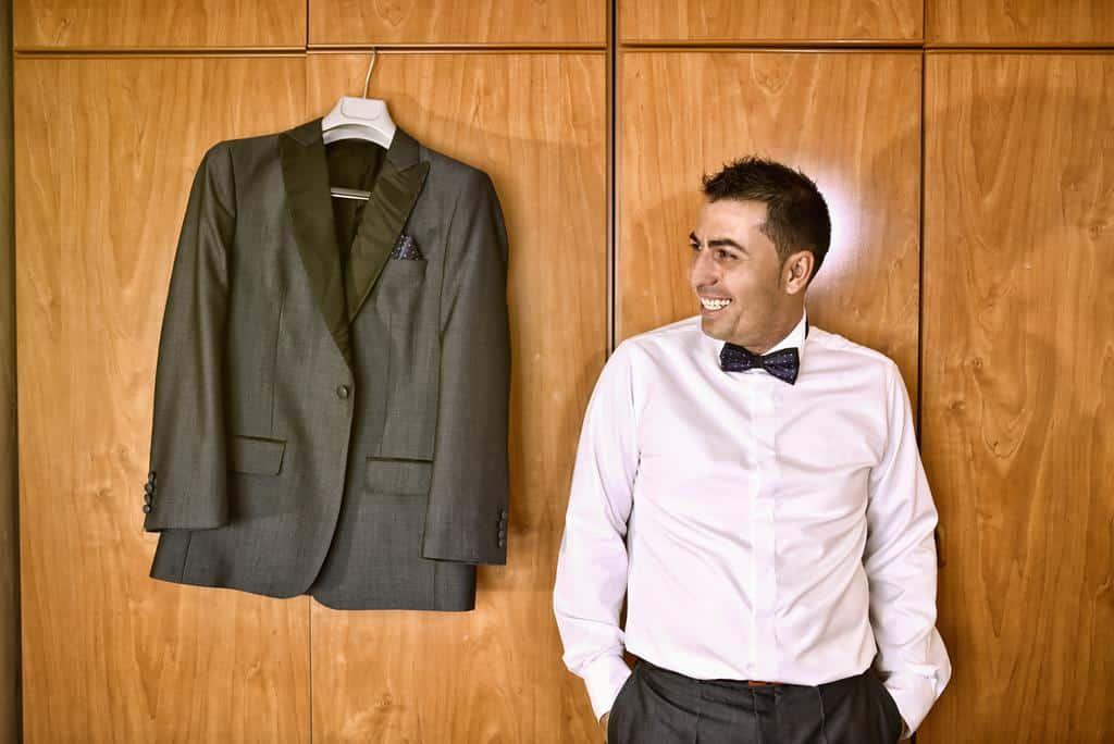 novio y chaqueta