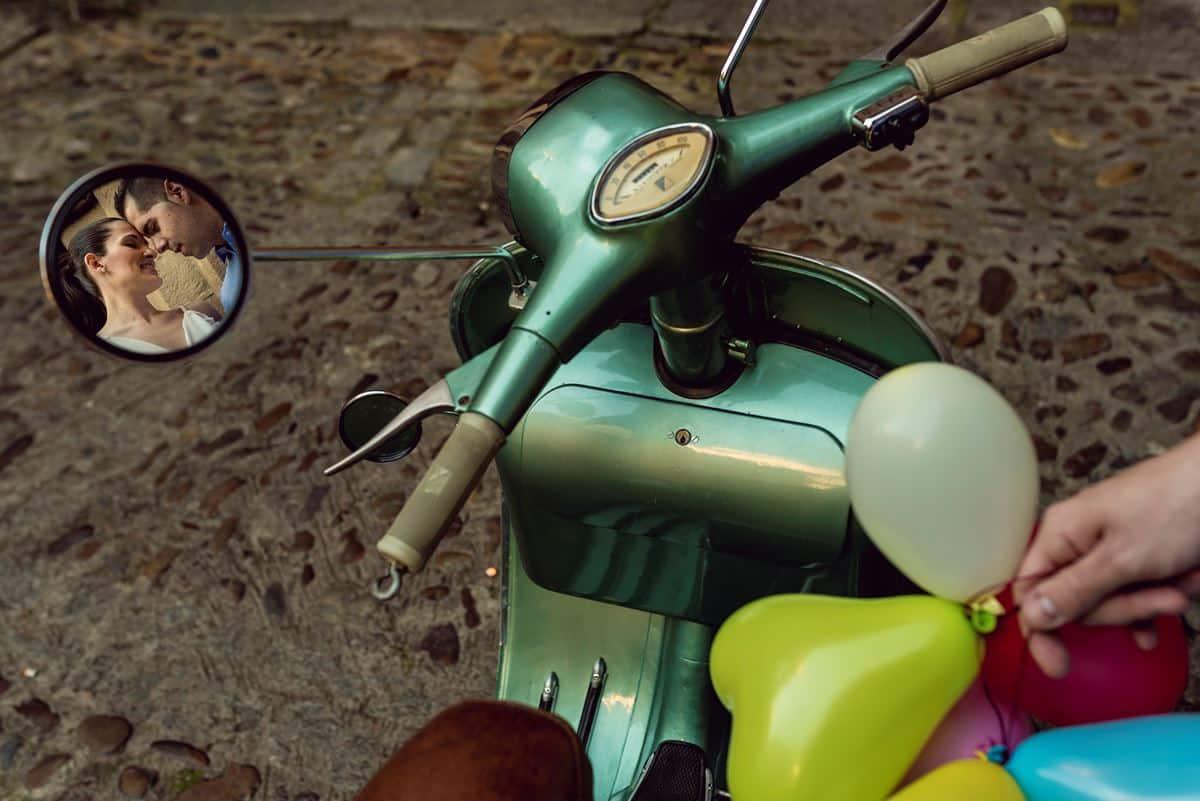 reflejo en retrovisor de moto
