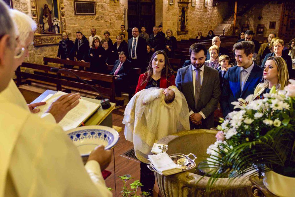 BAUTIZO en la iglesia