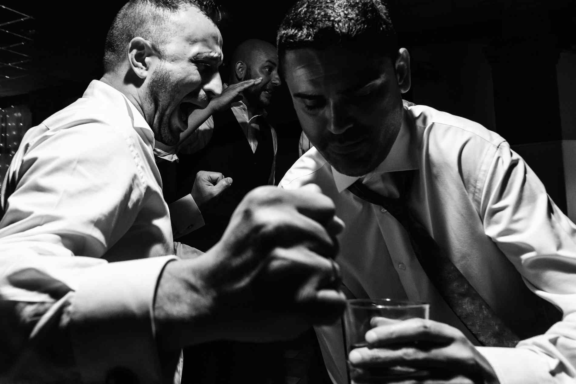 fiesta y barra libre en la boda extremadura